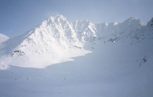 в стихах о походе на гору