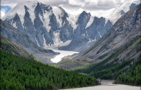 Конный поход. горы Алтая